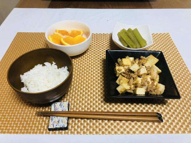 低カロリーなお手軽一品!ひき肉とむき海老の炒り豆腐