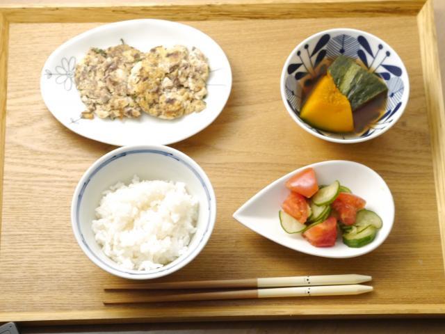 栄養も食べ応えも満点◎サバの豆腐バーグ