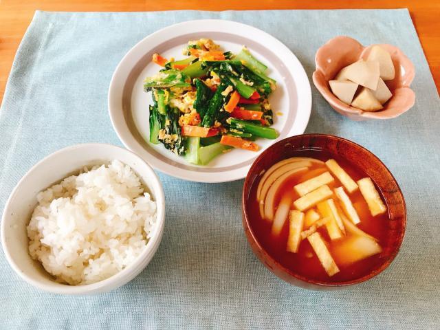シャキシャキ青梗菜と卵の中華炒め