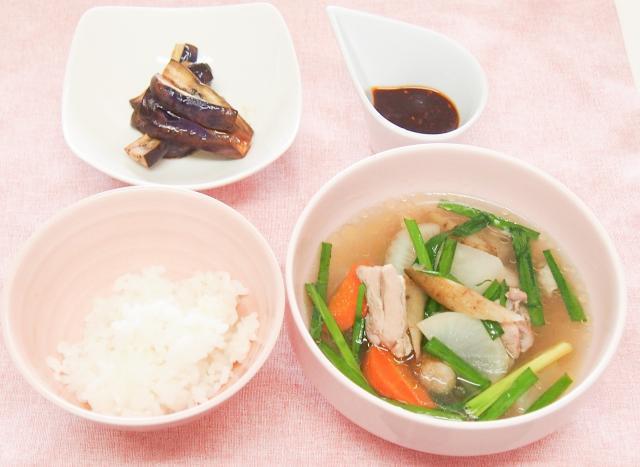 鶏と根菜のあったか韓国風ポトフ